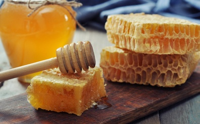 Uses and Applications of Honey